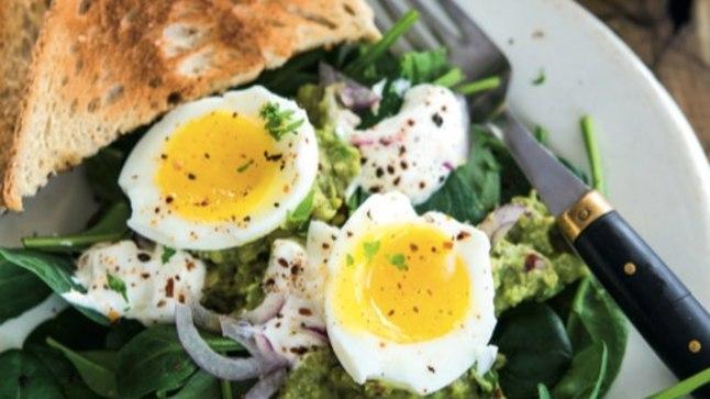 kaalulangus hommikusook munad retsept