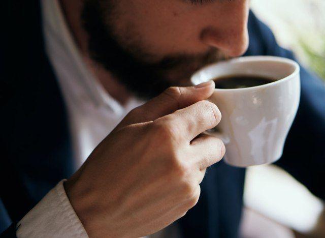 kas kohvi aeglane kaalulangus alla kuidas kaotada kaalu 6 nadala jooksul